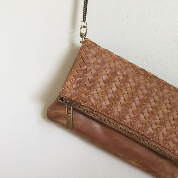 Deux Lux Handbags - EUC Clutch with removable strap
